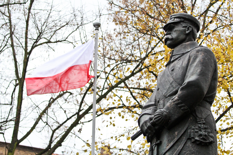 11 listopada, pomnik Piłsudskiego