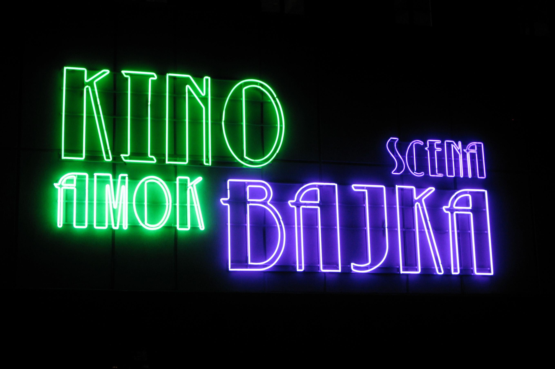 neon Scena Bajka – Kino Amok